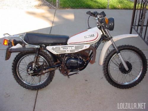 1979YamahaDT100FEnduro3.jpg