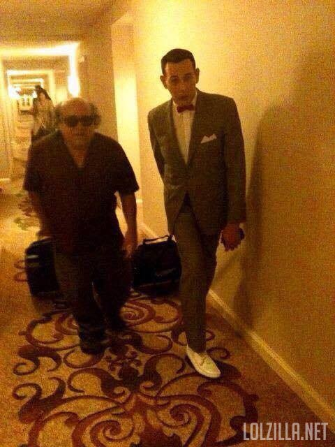 Danny-Devito-and-PeeWee.jpg